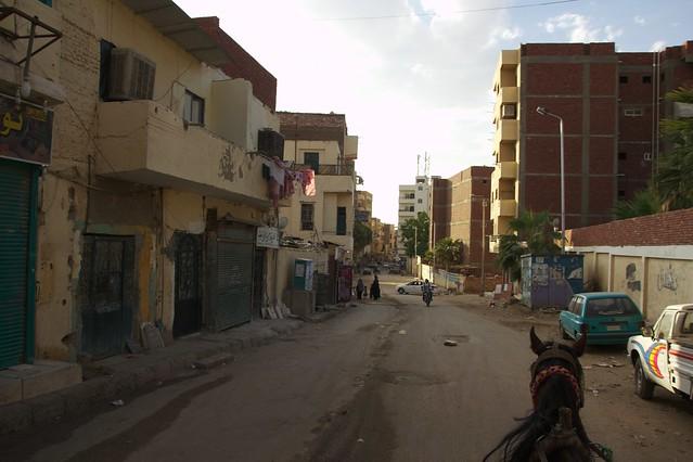 362 - Paseo en calesa en Aswan