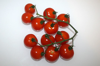 02 - Zutat Kirschtomaten / Ingredient cherry tomatoes