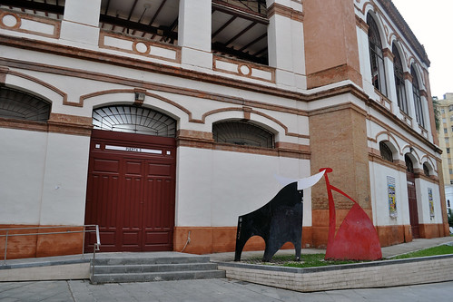 Sculpture in front of Malagueta bullring