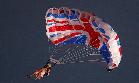 'Queen' parachutes into stadium