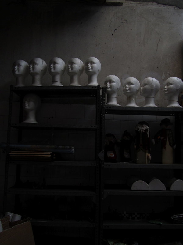 Warehouse of Heads