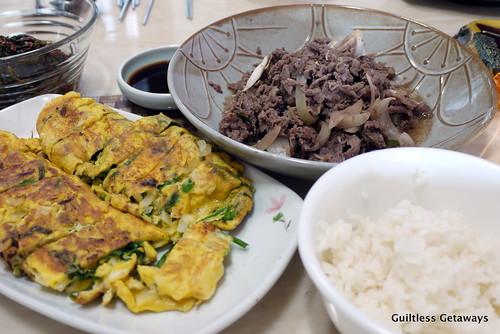 bulgogi-leek-omelette.jpg
