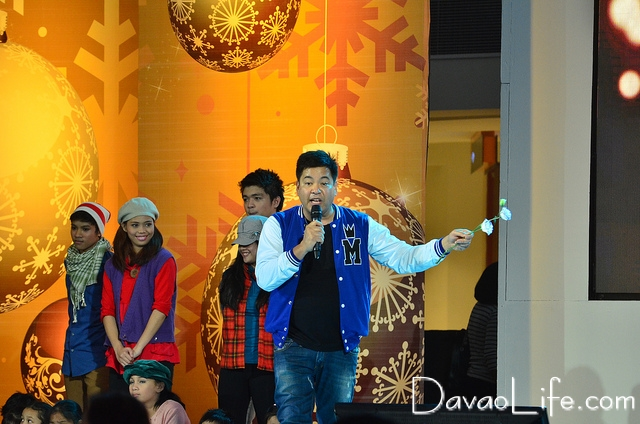 Abreeza Ayala Mall Christmas 2012 Launch Featuring Martin Nievera