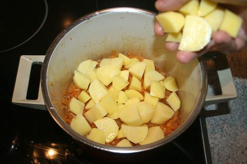 24 - Kartoffeln hinzufügen / Add potatoes