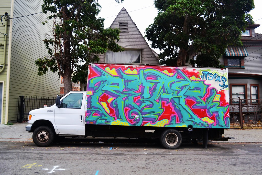 ROAR, Street Art, Graffiti, Oakland, truck, 7 seas, CBS,