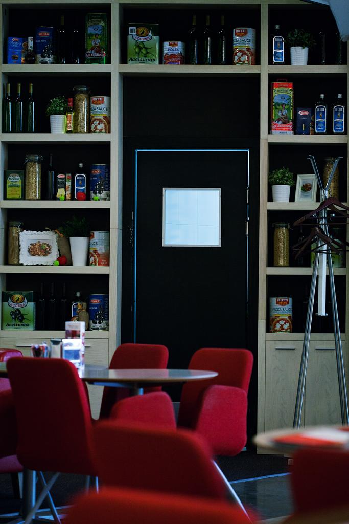 Интерьеры и детали кафе, баров, ресторанов