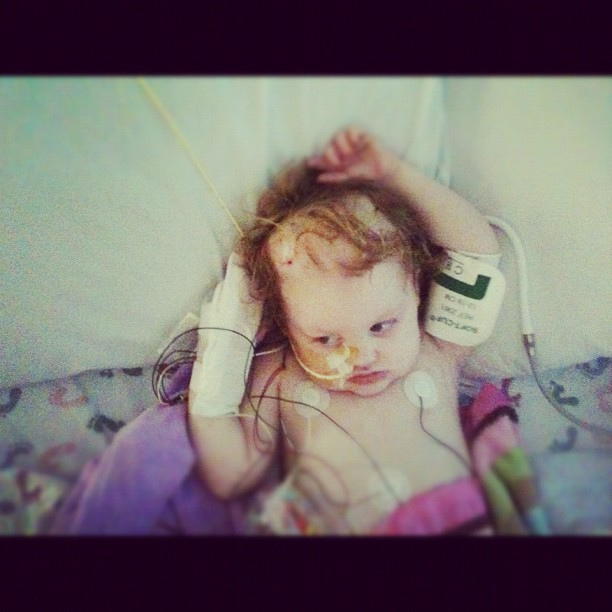 #reesey needs for her head swelling to go down :( #gingerfight #prayersforreesey