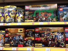 Hobbit sets in TRU, UK