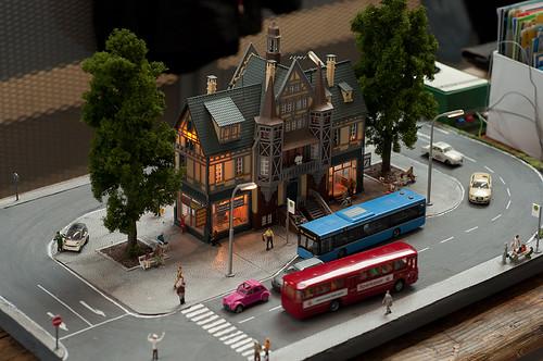 Modellbahn ohne Modellbahn? Christopher Kremser zeigt, dass auch ein Bus-Diorama seinen Reiz haben kann