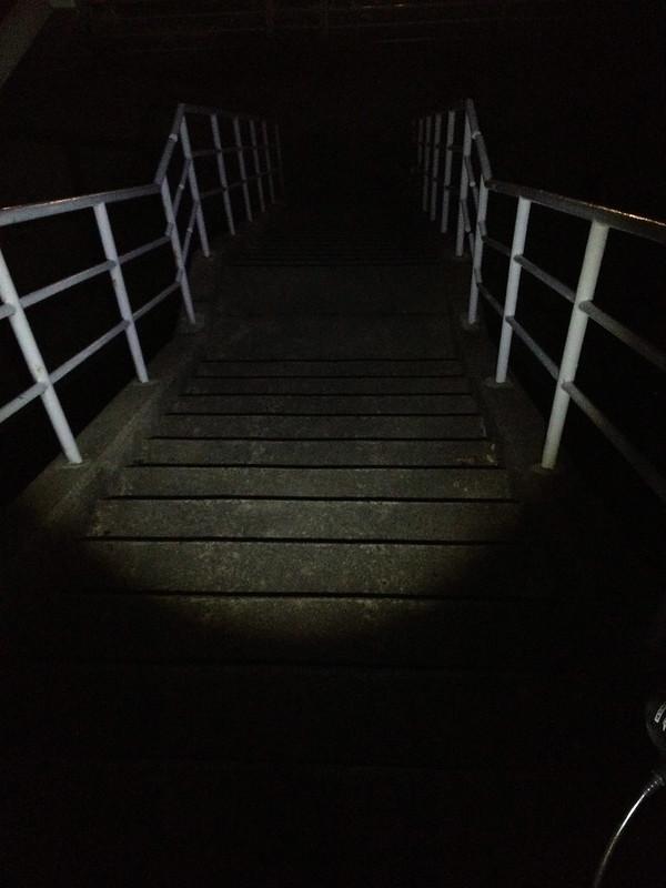 金沢へ向かう道 階段