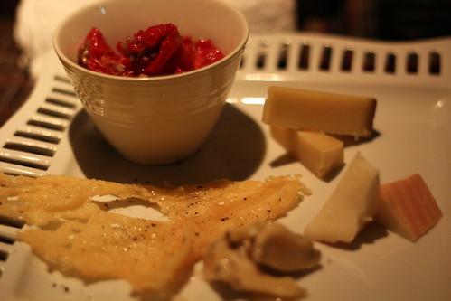 bar cacoi(バーカコイ)_チーズ盛り合わせ