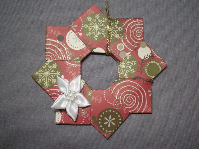 Origami christmas wreath ornament flickr photo sharing