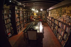 Enjoy the coffee and discussions with books - Things to do in Sydney