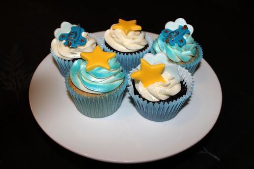 Birthday plane cake 03