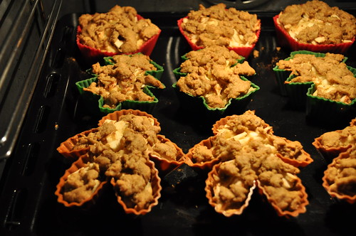 Holiday Apple Kuchen Muffins…