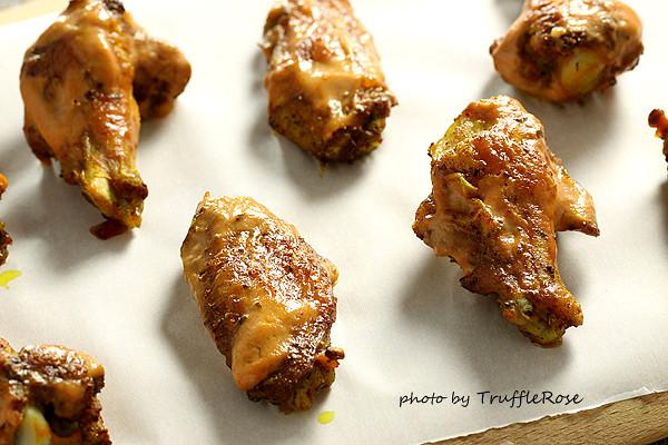 烤優格咖哩雞翅。拯救小廚房的烤箱100道-121211