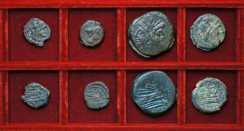 RRC 193 TVRD Papiria bronzes, RRC 194 Anchor bronzes, Ahala collection, coins of the Roman Republic