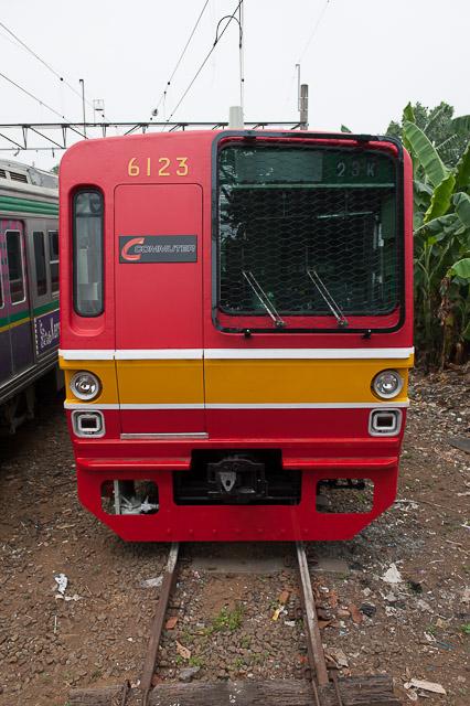 PT.KAI Commuter Jabodetabek 東京メトロ千代田線6000系6123F