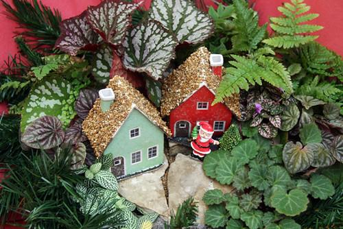 Santa-by-Houses