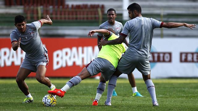 Fluminense se reapresenta e inicia preparação para clássico de quarta