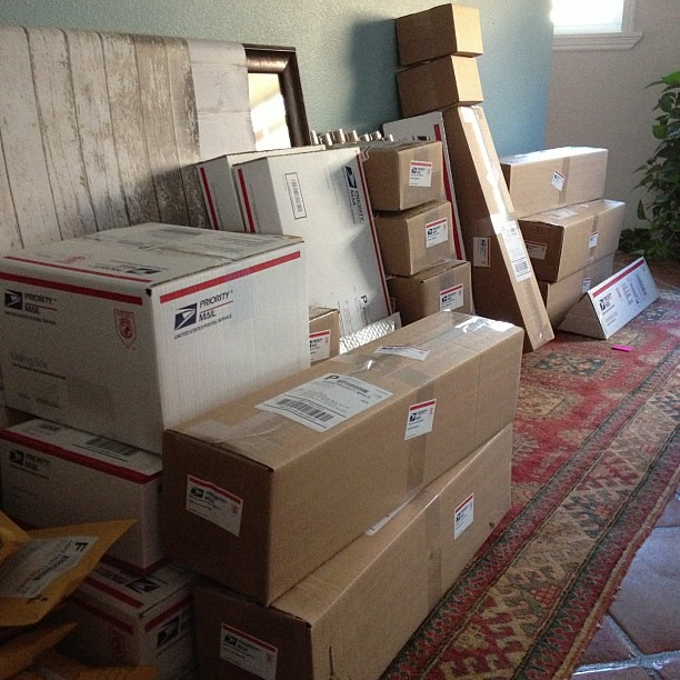 84 packages to the post office today. Definitely a new record!! #paperandpresent
