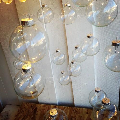 Bubbles #tanglewindows