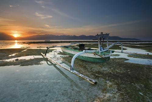travel seascape beautiful sunrise canon indonesia landscape eos boat 5d ang gili lombok nusa randi barat trawangan tenggara