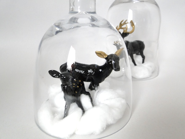 Modern Xmas Figurine Display 12