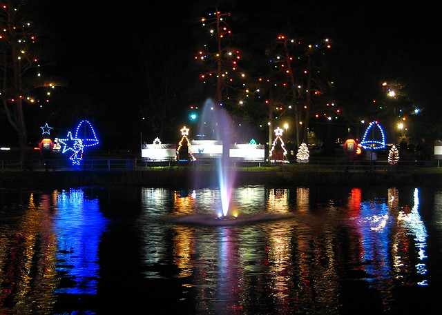 la salette christmas lights attleboro hours to seconds
