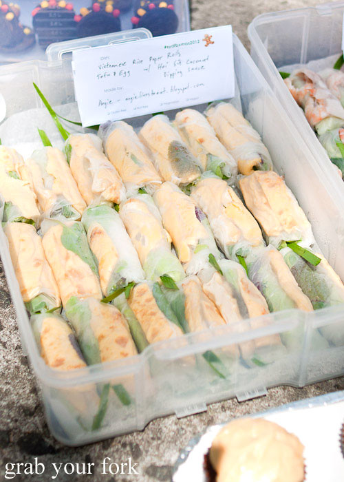 vegetarian rice paper rolls at sydney food blogger christmas picnic 2012