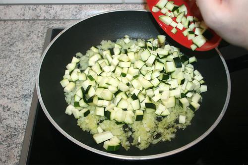 15 - Zucchini addieren / Add zucchini