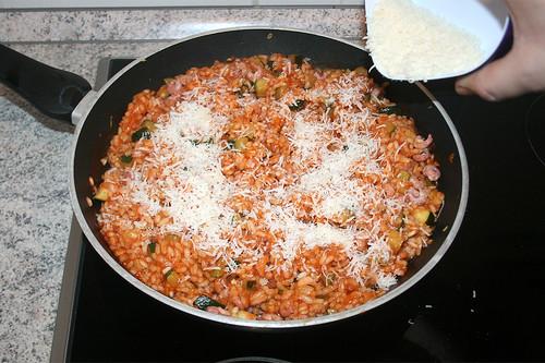 30 - Parmesan einrühren / Stir parmesan
