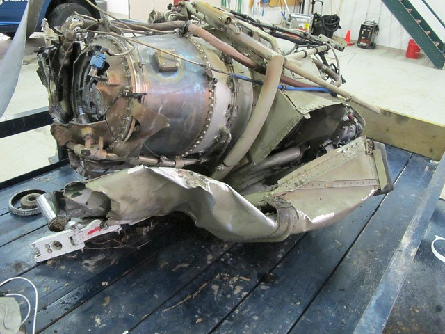 Moteur du Cessna 208 qui s'est écrasé à Snow Lake (Manitoba)
