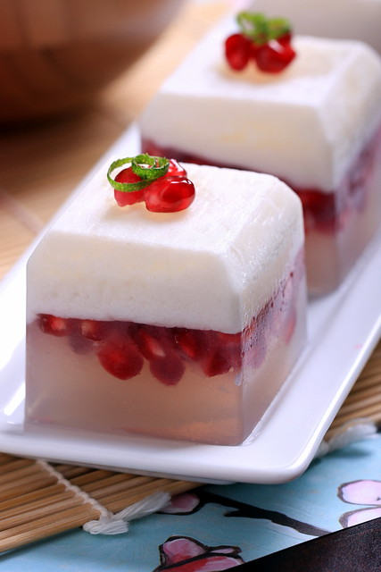 Coconut, Pomegranate and Lime Kanten