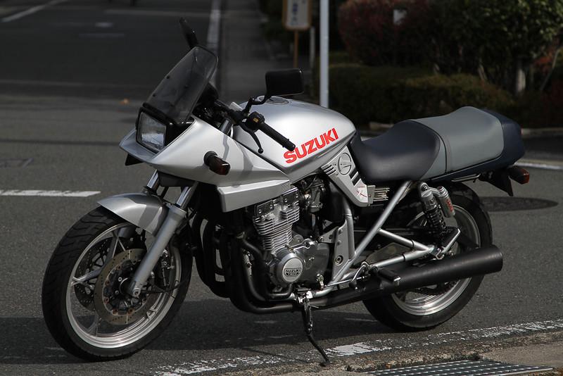 【中古車】スズキ GSX400S カタナ