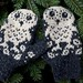 Horatio and Oren Mittens by helloyarn