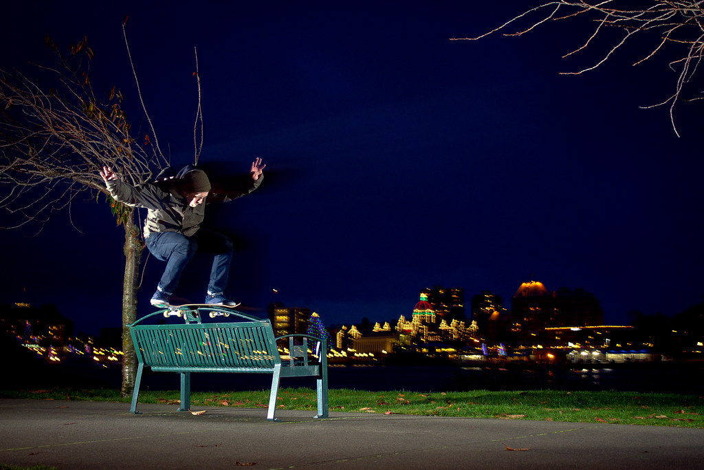 Dane boardslide bench