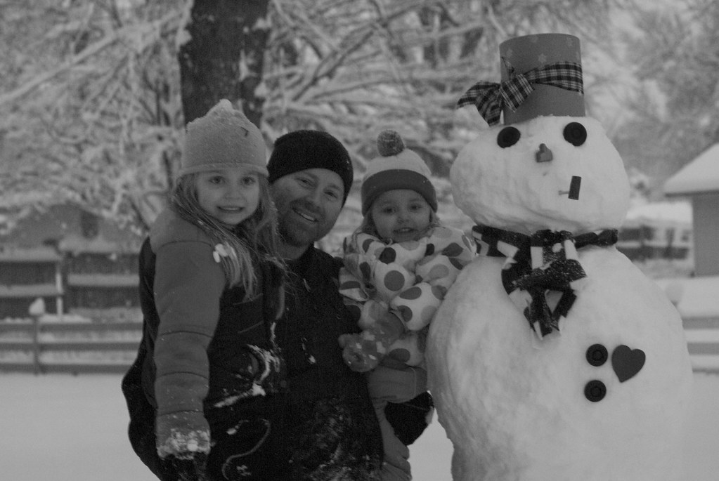 "Vivianne, Dad & Lilah and ""Frosty"""
