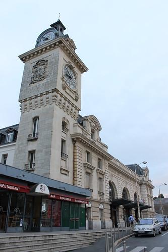 2012.08.02.345 - BAYONNE - Place Pereire - Gare de Bayonne