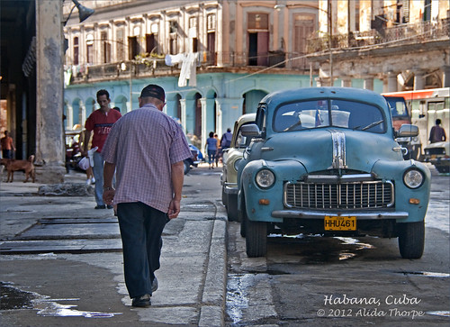 busy Havana street by Alida's Photos