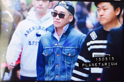 Big Bang - KBS Music Bank - 15may2015 - Seung Ri - Planetarium_SR - 01