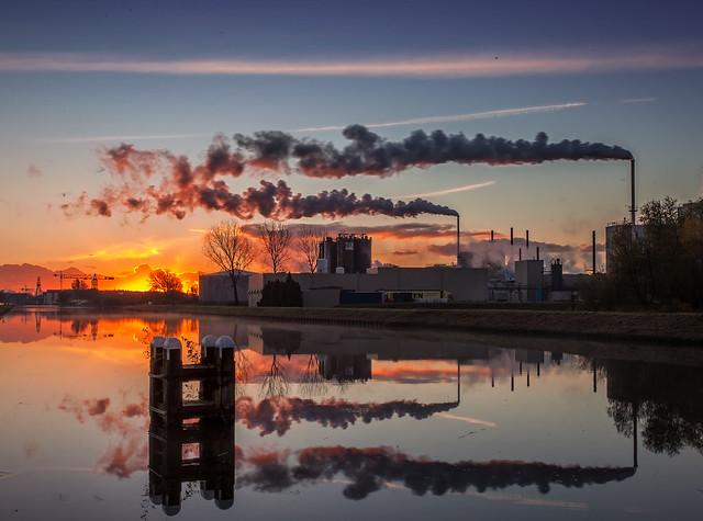 Sunrise @ PPG industries