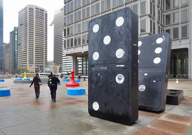 giant-dominos-philadelphia-