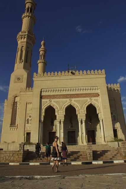 353 - Paseo en calesa en Aswan