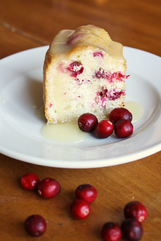fresh-cranberry-cake-butter-sauce-1