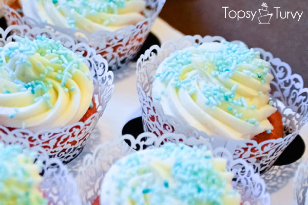 cupcakes-buttercream-strawberry-cream-cheese