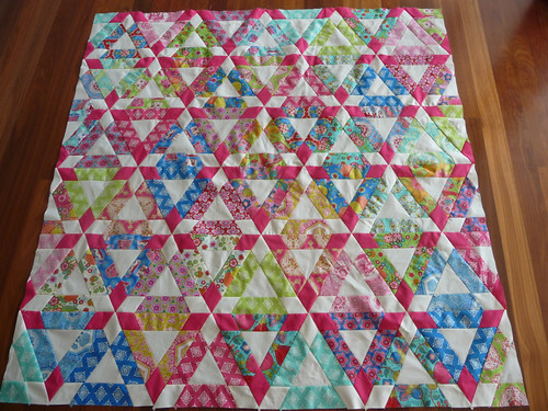 Hopscotch quilt top finished.