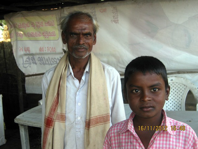 Father & Son Gondhali from Jejuri at Kanhe