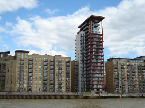 Seacon Tower Millwall E 14 London. (Architects CZWG 2004)