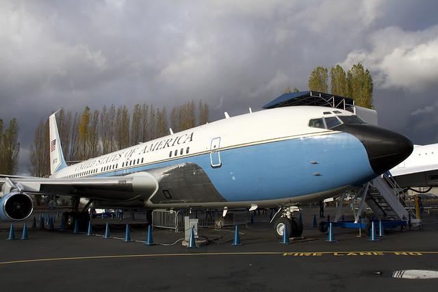 VC-137B
